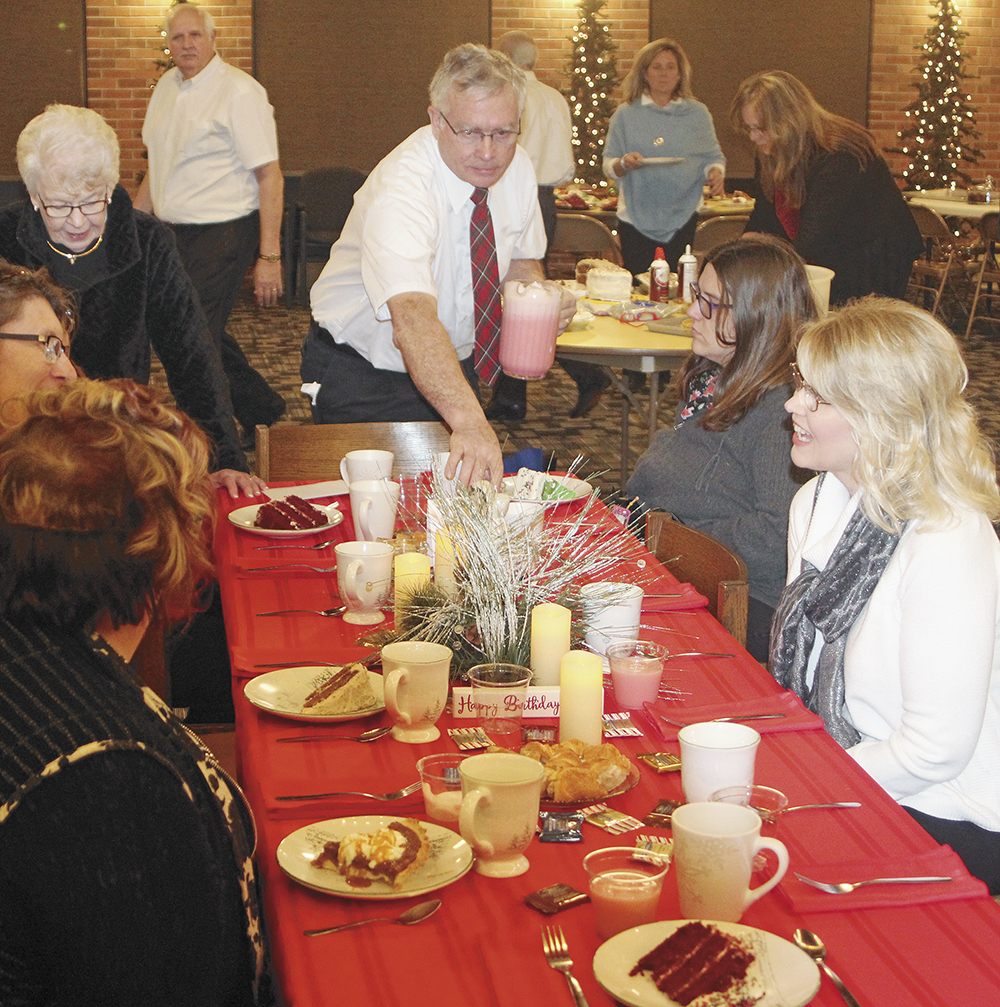 An 'extravagant' Christmas celebration Saturday